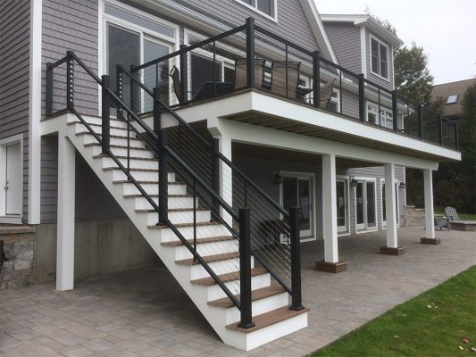 Stainless Cable Railing with Aluminum Posts on Stairway